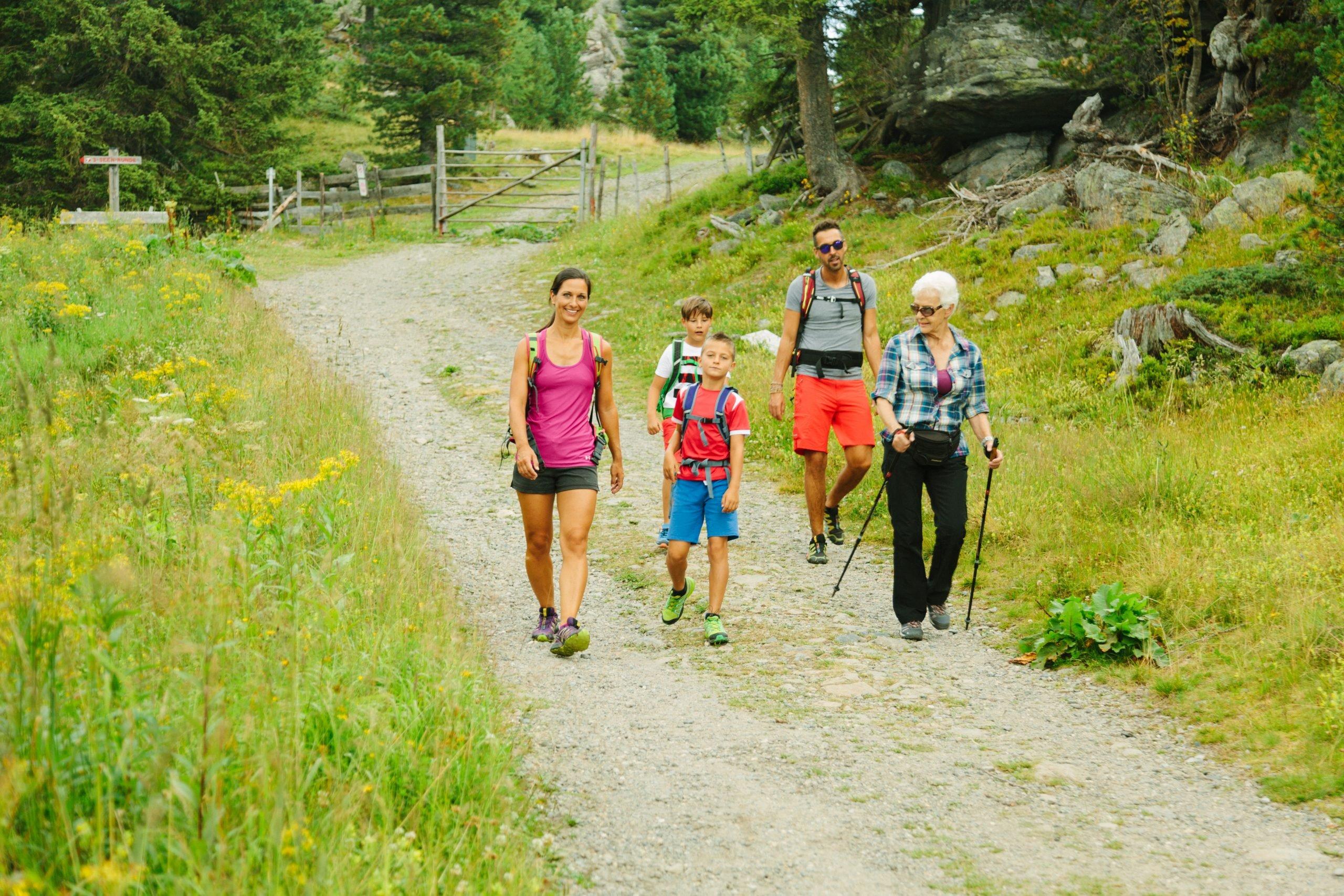 Familie Wandern Sommer
