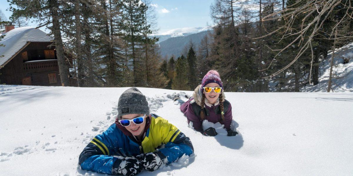 Teens im Schnee